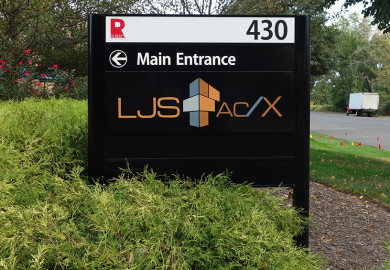 Post and panel sign for LJS