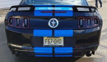 Ford Mustang Blue racing stripes side